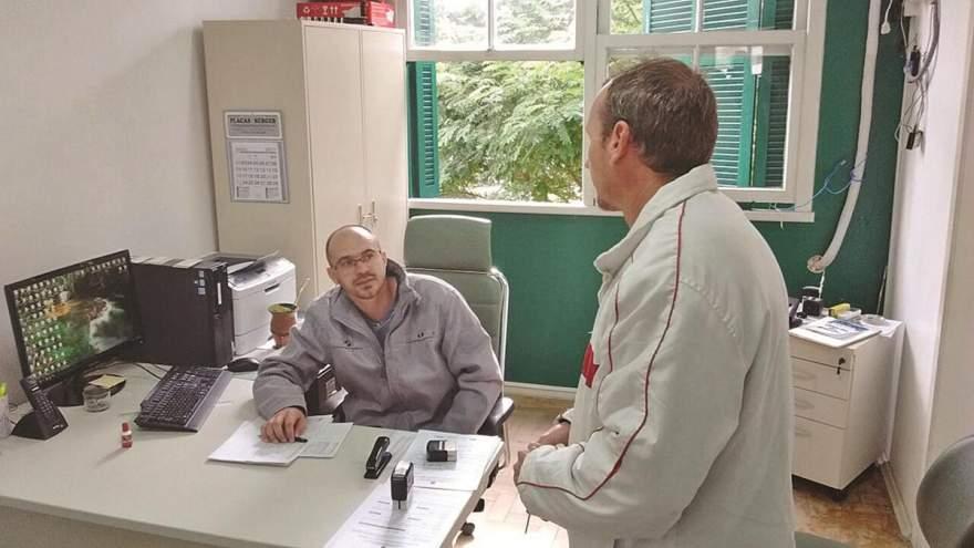 Produtores devem entregar notas das vacinas e declaração do rebanho na Inspetoria Veterinária de Candelária - Crédito: Tiago Garcia - Folha