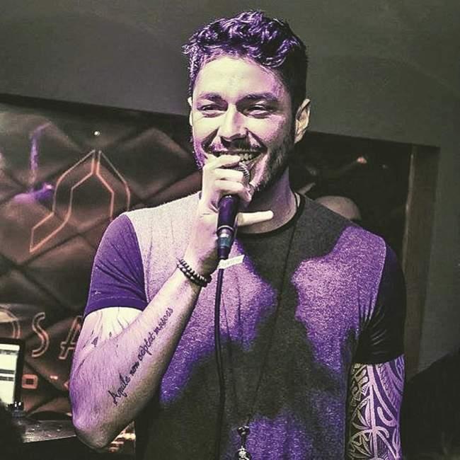 Renan Lucca no palco do GatuPardu neste sábado, 13 - Crédito: Divulgação Folha