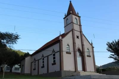 A Igreja da Comunidade Católica São Bento do Quilombo