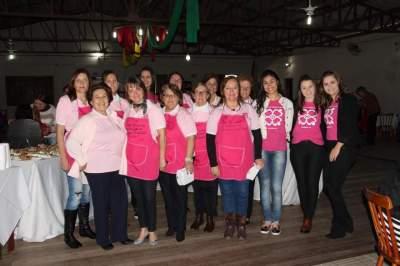Integrantes da Liga Feminina de Combate ao Câncer