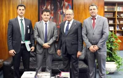 Candelariense participa da defesa dos direitos dos jovens em Brasília