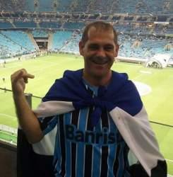 Dione Lazzari: morte trágica aos 41 anos no retorno de um jogo do Grêmio (Foto: Divulgação/Facebook)