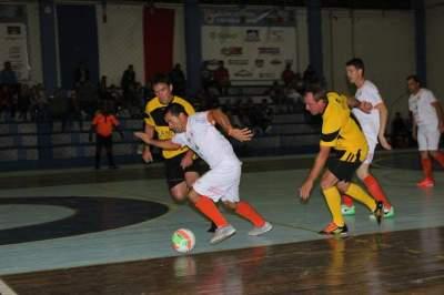 Municipal de Futsal: vitórias do Thelicadas, Inova, Vilareal e Maxxycandeias