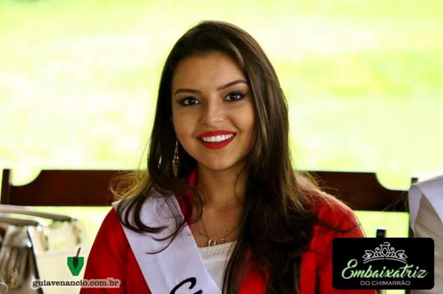 Letícia Flores Steil