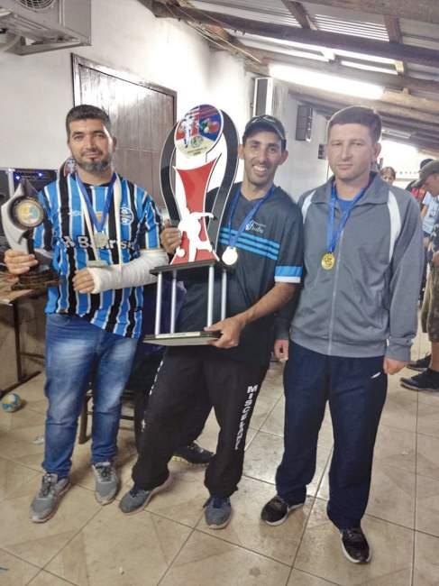Equipe do Valdinho, de Candelária, superou equipe de Santa Maria na decisão