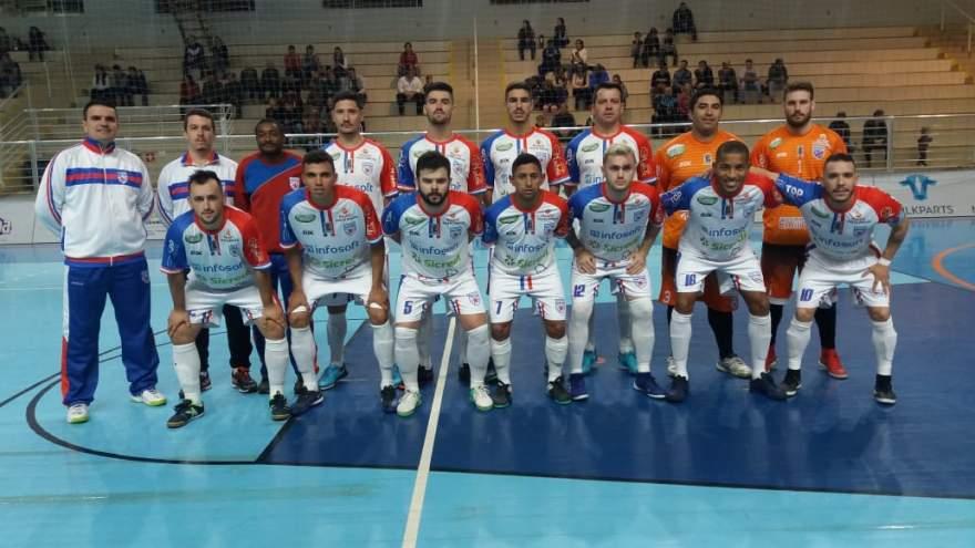 A equipe do Atlético na importante vitória conquistada no Vale do Taquari