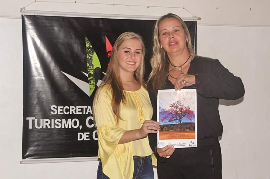 5º Lugar_Luciana Becker com a Princesa Monique