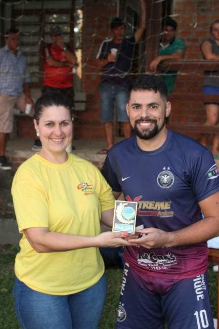 Rafinha Souza foi premiado pelo gol mais bonito do campeonato