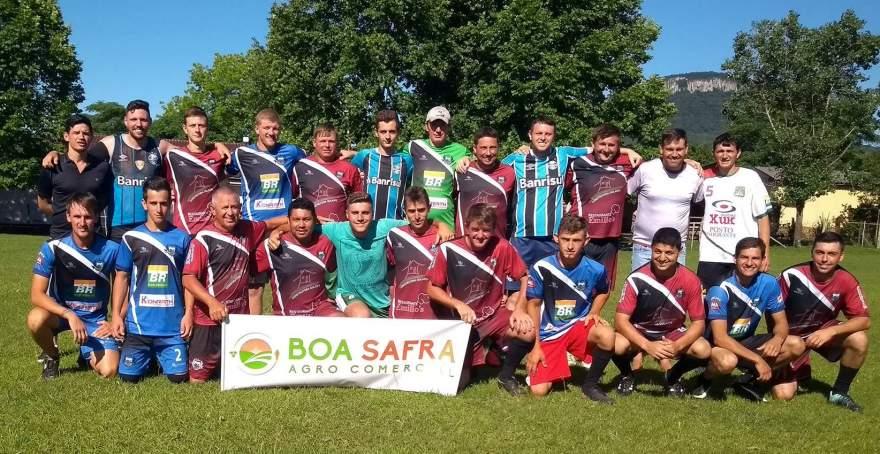 Associação Amigos do Botucaraí convidam a comunidade para prestigiar quadrangular beneficente neste sábado, 8, na Vila Botucaraí - Divulgação