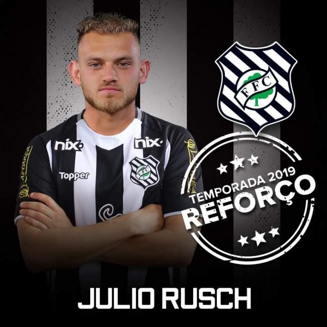 Julio Rusch foi apresentado como reforço do Figueirense para 2019 - Divulgação/ Figueirense