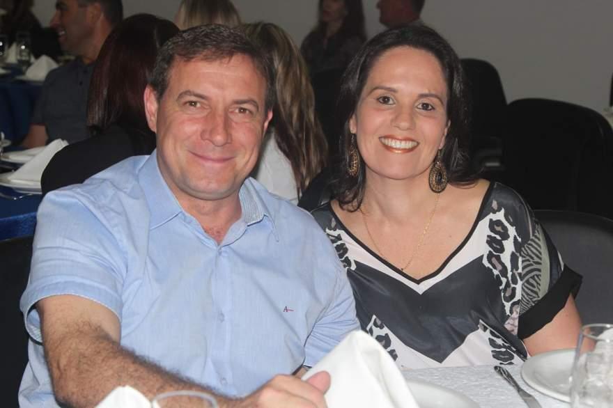 Edson e Fabiana Schmachtenberg Lawall