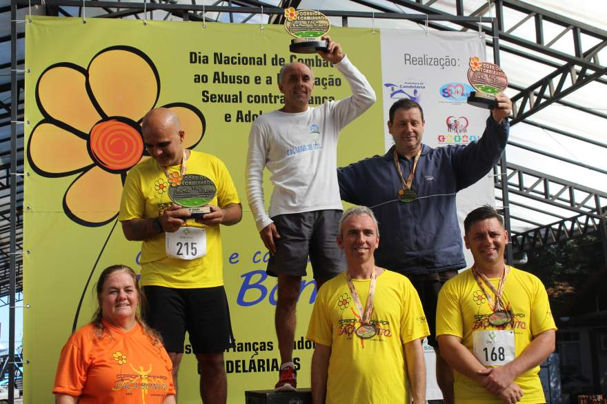 Premiação 45/49 anos masculino 8km