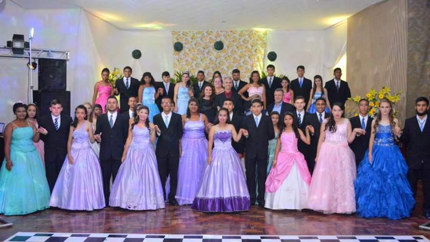 13º Baile dos Sonhos contou com a participação de 20 debutantes em 2017