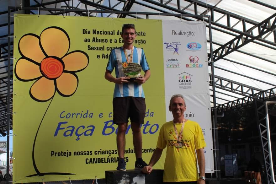 Premiação 20/24 anos masculino 4km