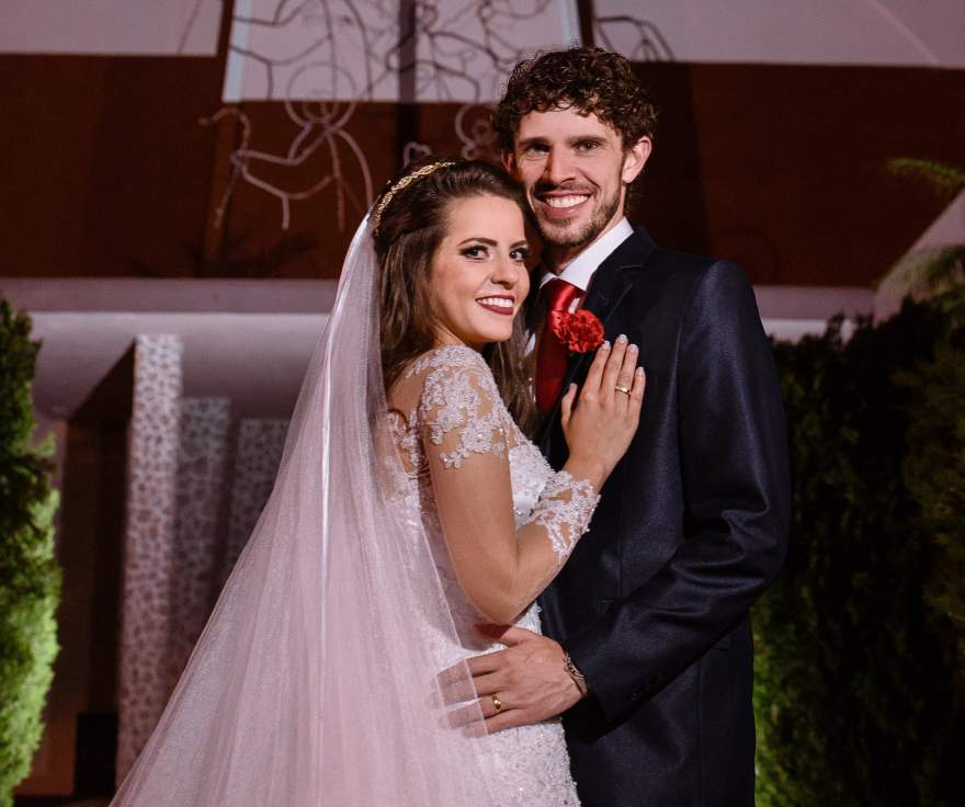 Os noivos Alessandra e Samuel