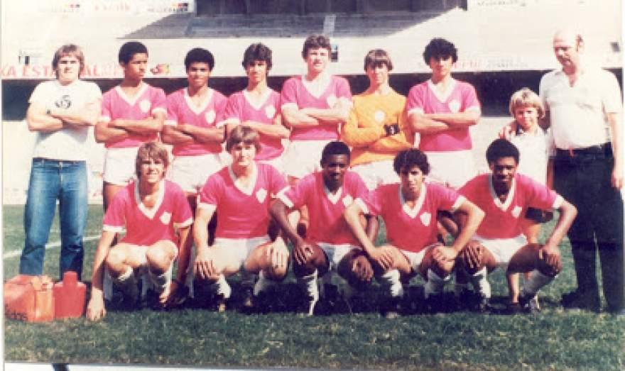 Juventude nos anos 80 em partida disputada contra o Inter no Beira Rio
