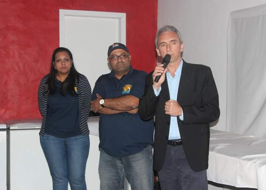 Claudia e Luis Fernando Barbosa com o prefeito Paulo Butzge