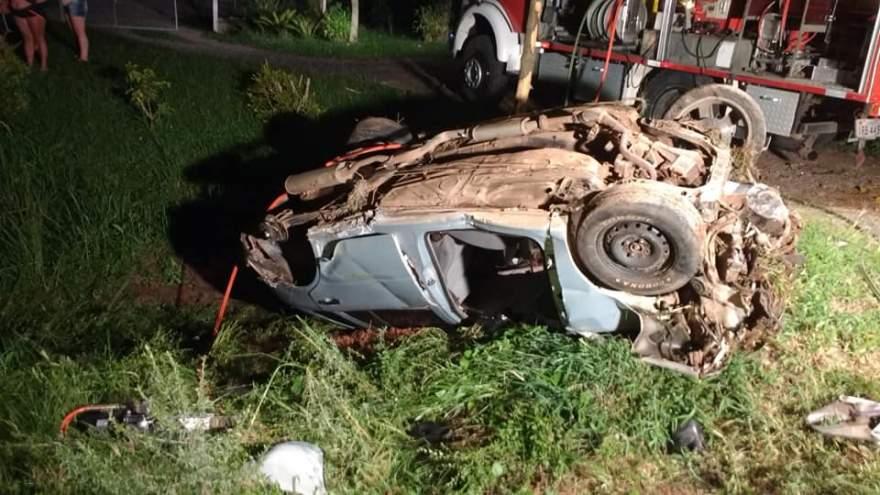 Acidente aconteceu na madrugada de domingo, 10, no km 141 da RSC 287 em Candelária - Arzélio Strassburger - Bombeiros Voluntários