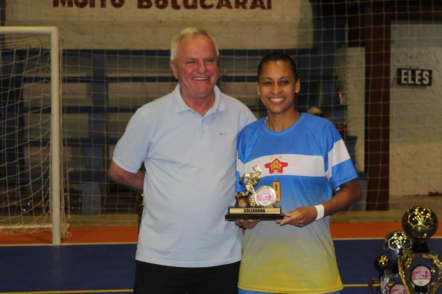 Sueli, goleadora da categoria feminino