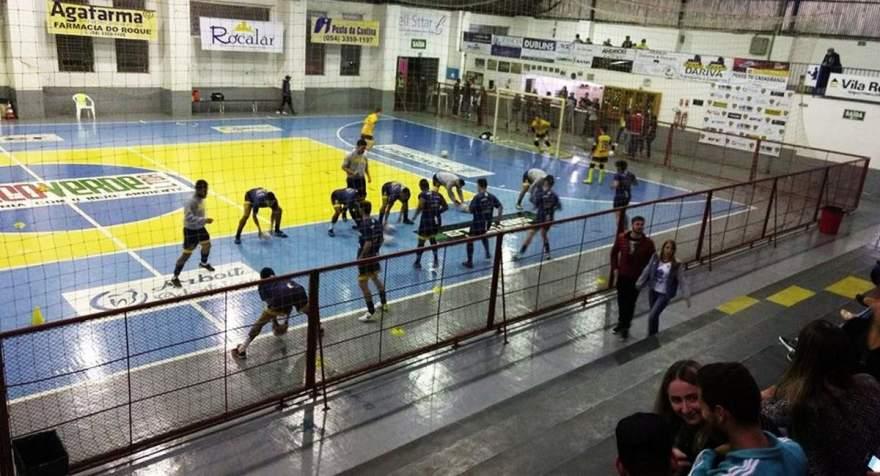 Imagem antes da partida disputada no Ginásio Municipal de Esportes de Vila Maria