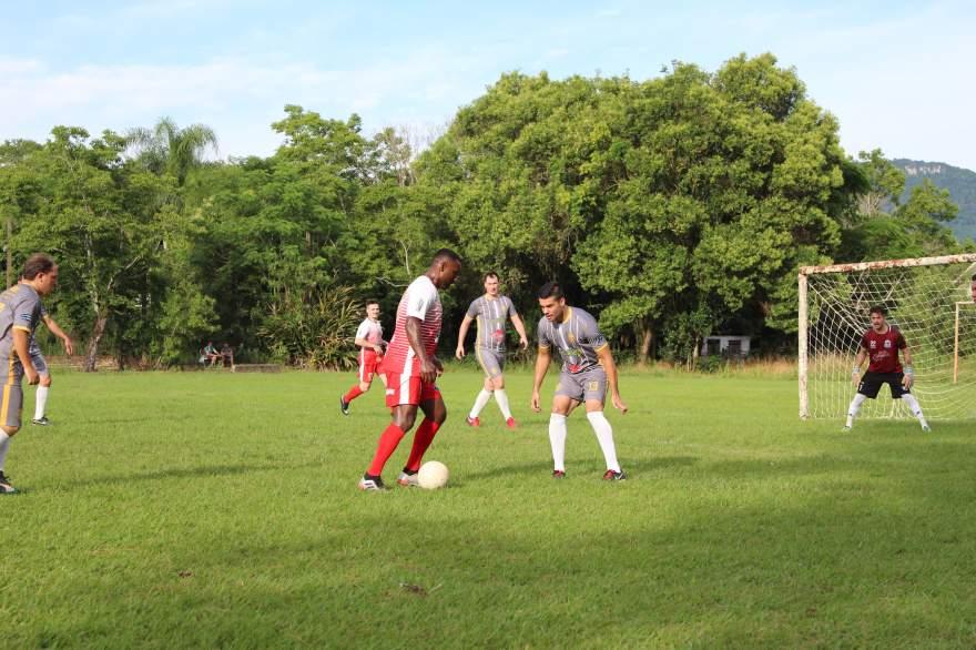 Equipes A: Unidos do Rincão 3 x 4 Botucaraí(1 a 0 Botucaraí na prorrogação)