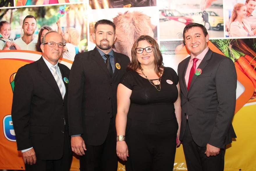 A comissão organizadora da 9ª Expocande formada por Euclides Rodrigues, Sinésio Mueller, Patricia Steffanello e Dionatan Tavares