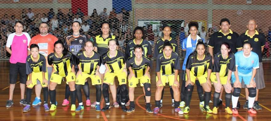A equipe do Maxxy/Verona: vice-campeã do feminino