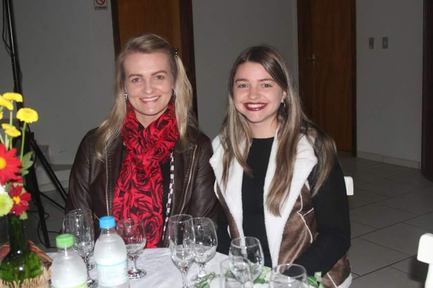 Vanessa Voese e Elenice Faller