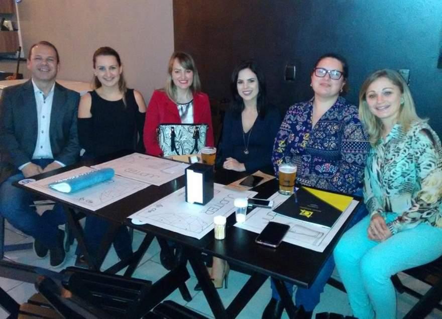 Joel Pereira Nunes, Monique Pacheco, Vanusa Rehbein, Milena Voese Ferreira, Isabel Dias Brixner e Juliana Gewehr