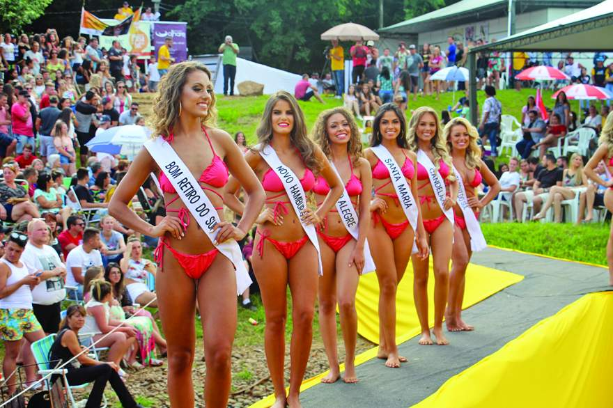 No domingo, na Prainha, as candidatas irão desfilar na passarela montada sobre o rio Pardo