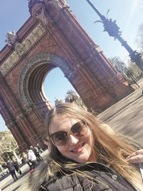 Paloma Beise conheceu o arco do triunfo, em Barcelona