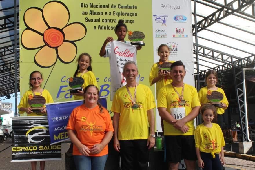 Premiação da corrida infantil 1km feminino
