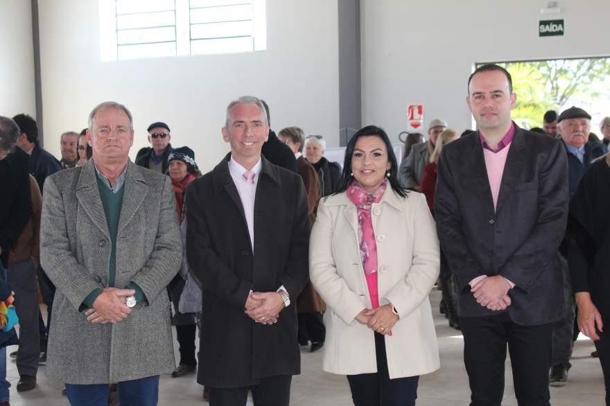 Nestor Ellwanger, Paulo Butzge, Kelly Moraes e Jorge Willian Feistler