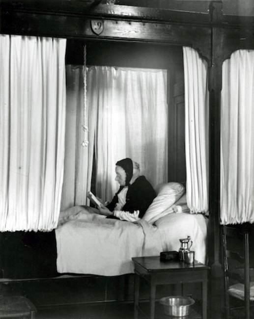 André Kertesz: Sanatório de Beaune, 1929