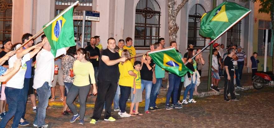 Comemoração pela vitória de Jair Bolsonaro