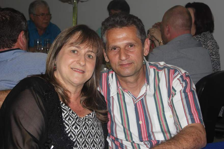 Elaine Behling  e Oscar Lopes