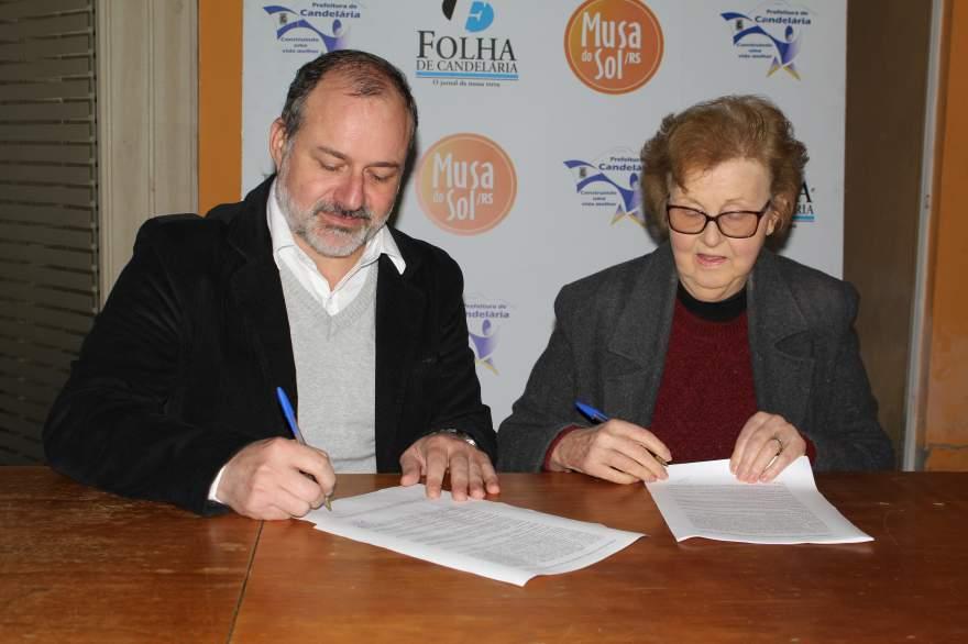 Diretora da Folha, Rosa Nilse Mallmann, assinou o contrato de parceria com Dominique, da Minimal Models