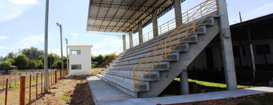 Provas campeiras ocorrerão na pista de rodeios do Parque Municipal de Eventos Itamar Vezentini - Crédito: Arquivo / Folha
