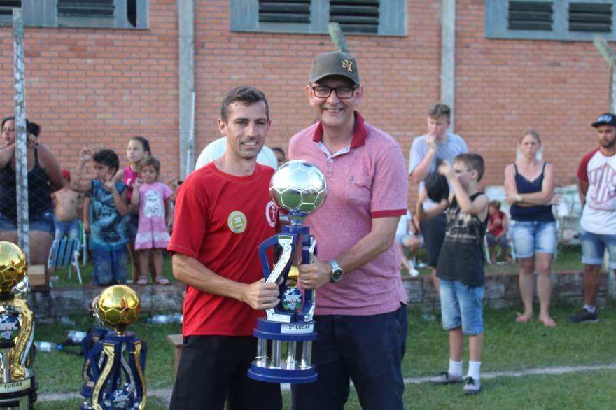 Premiação do Estrela como vice-campeão dos veteranos