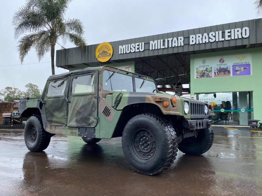 O Museu Militar tem um acervo aproximado de 165 viaturas,