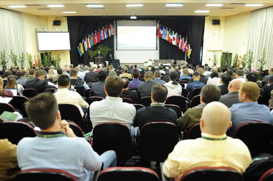 Cerca de 250 pequisadores participaram do evento mundial sobre Tabaco em Santa Cruz do Sul