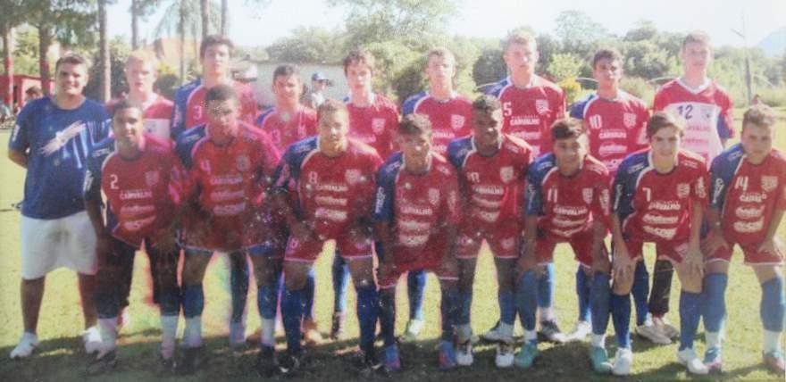 Categoria juvenil do Atlético - campeão regional em 2013 - Fotos: Arquivo Douglas Braga