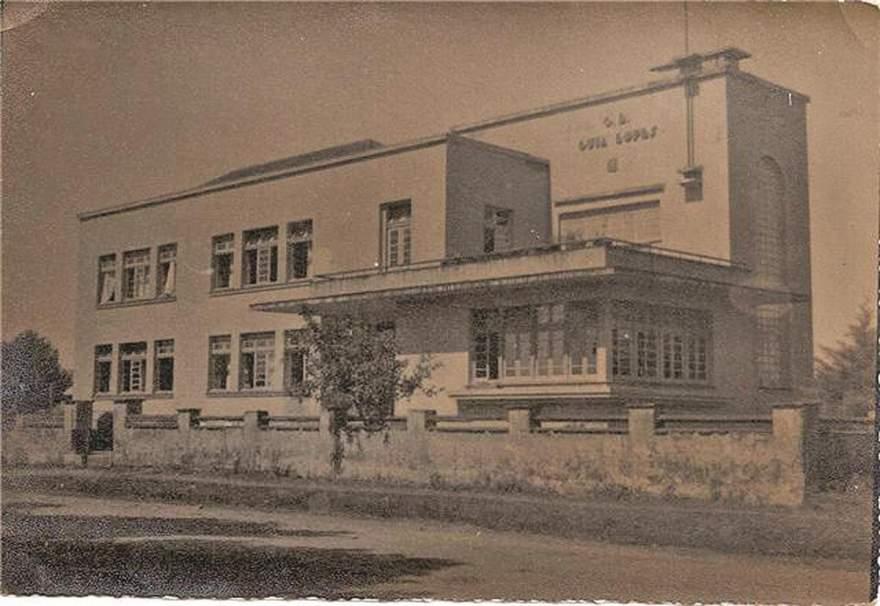 O Guia Lopes em 1942, ano em que a escola se mudou para o prédio que ocupa até os dias atuais