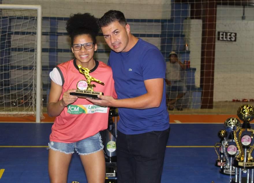 Premiação da goleira do Verona como menos vazada da categoria feminino