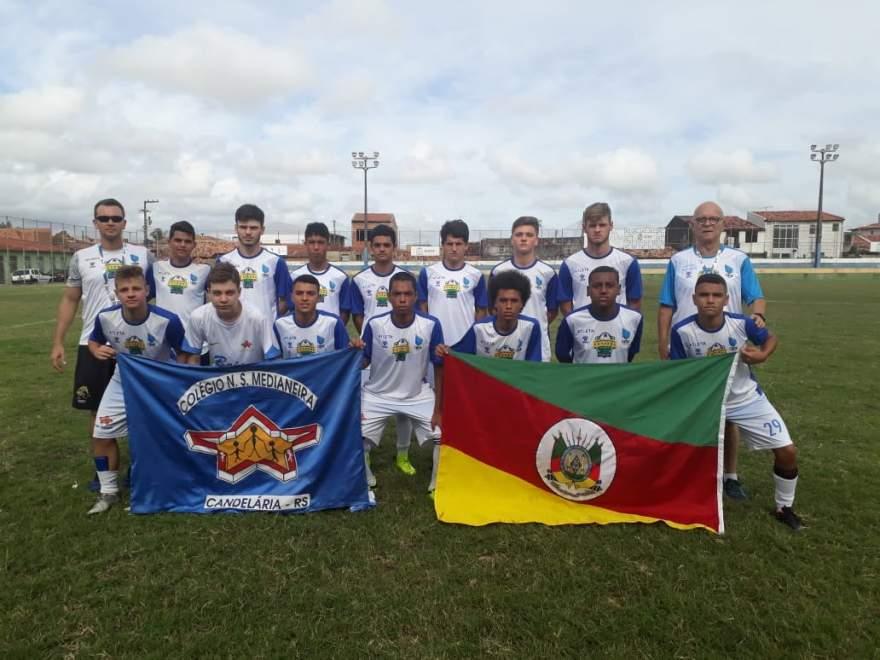Medianeira encerrou brasileiro de futebol escolar em 4º lugar na categoria Bronze
