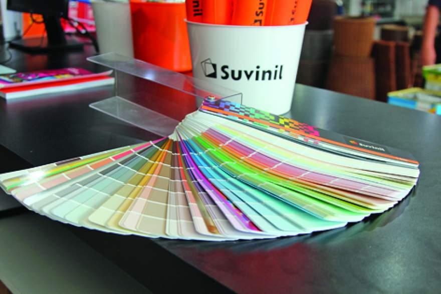 Carnê de cores para a escolha dos clientes conta com 20 mil opções