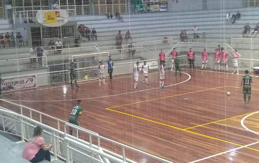Três Coroas Futsal 4 x 4 Atlético