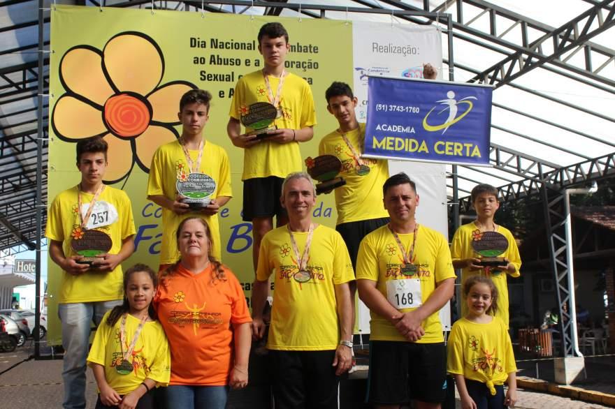 Premiação da corrida infantil 2km masculino
