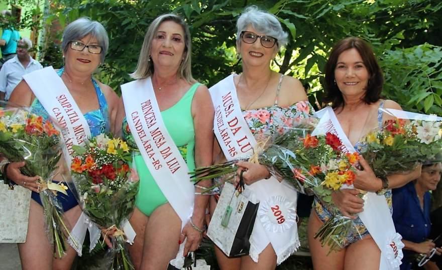 Marly Gasperin ao lado das Princesas Maristela e Marinelci e da Simpatia Selma