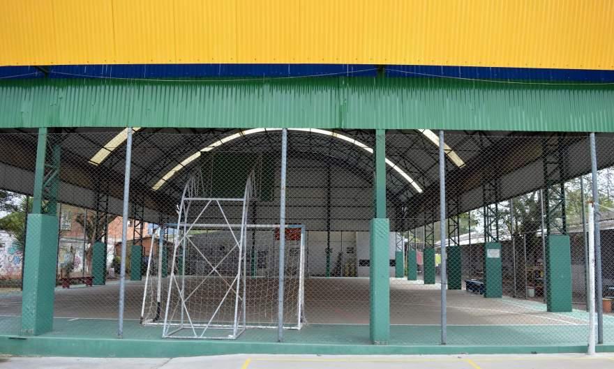 A quadra coberta da Escola Municipal Christiano Affonso Graeff